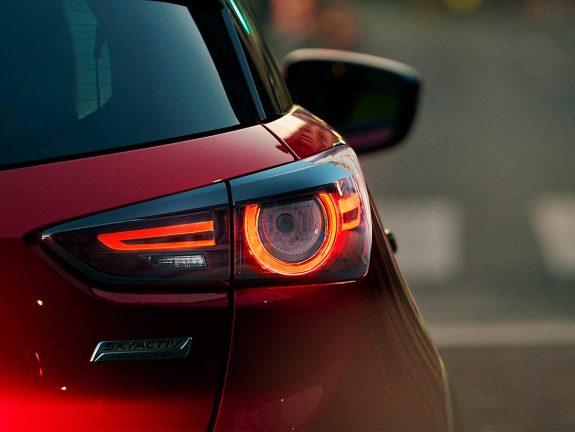 Afbeelding van Mazda CX-3,  2 & 6